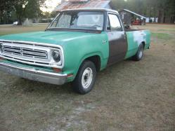 binherst 1972 Dodge D150 Club Cab
