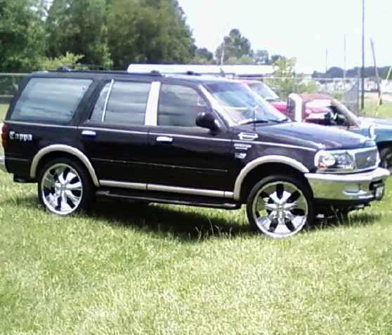 1997 Ford Expedition For Sale: CARS SCOOP & BIKES SCOOP: 1997 Ford Expedition Lifted Cars