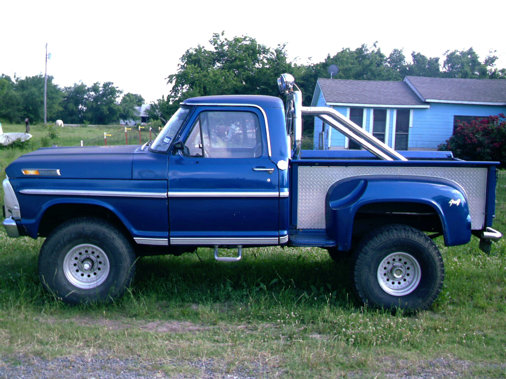 Original on 1977 Dodge Power Wagon Specs