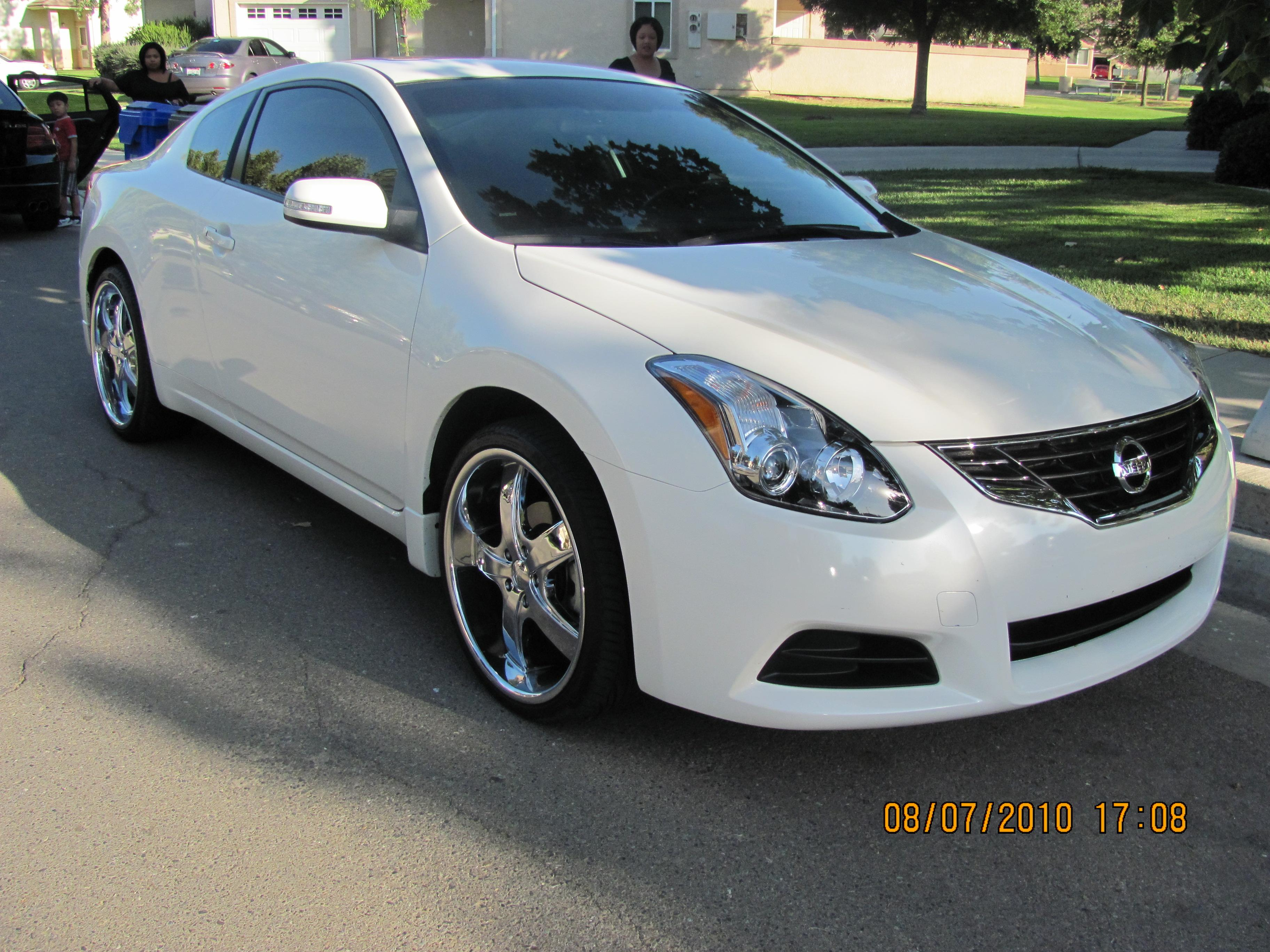 08TyPes 2010 Nissan Altima2 5 S Coupe 2D Specs, Photos