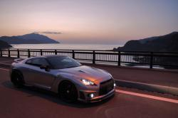 Clean_cars 2011 Nissan GT-R