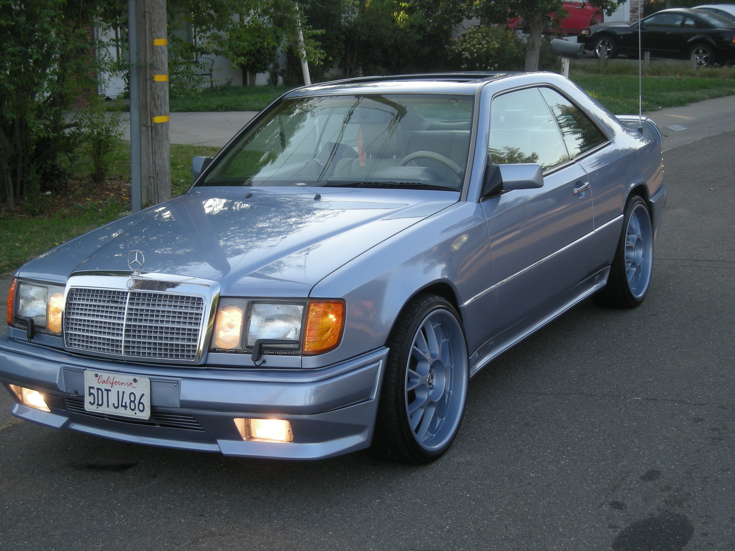 1992 mercedes 300ce coupe for Mercedes benz 300ce