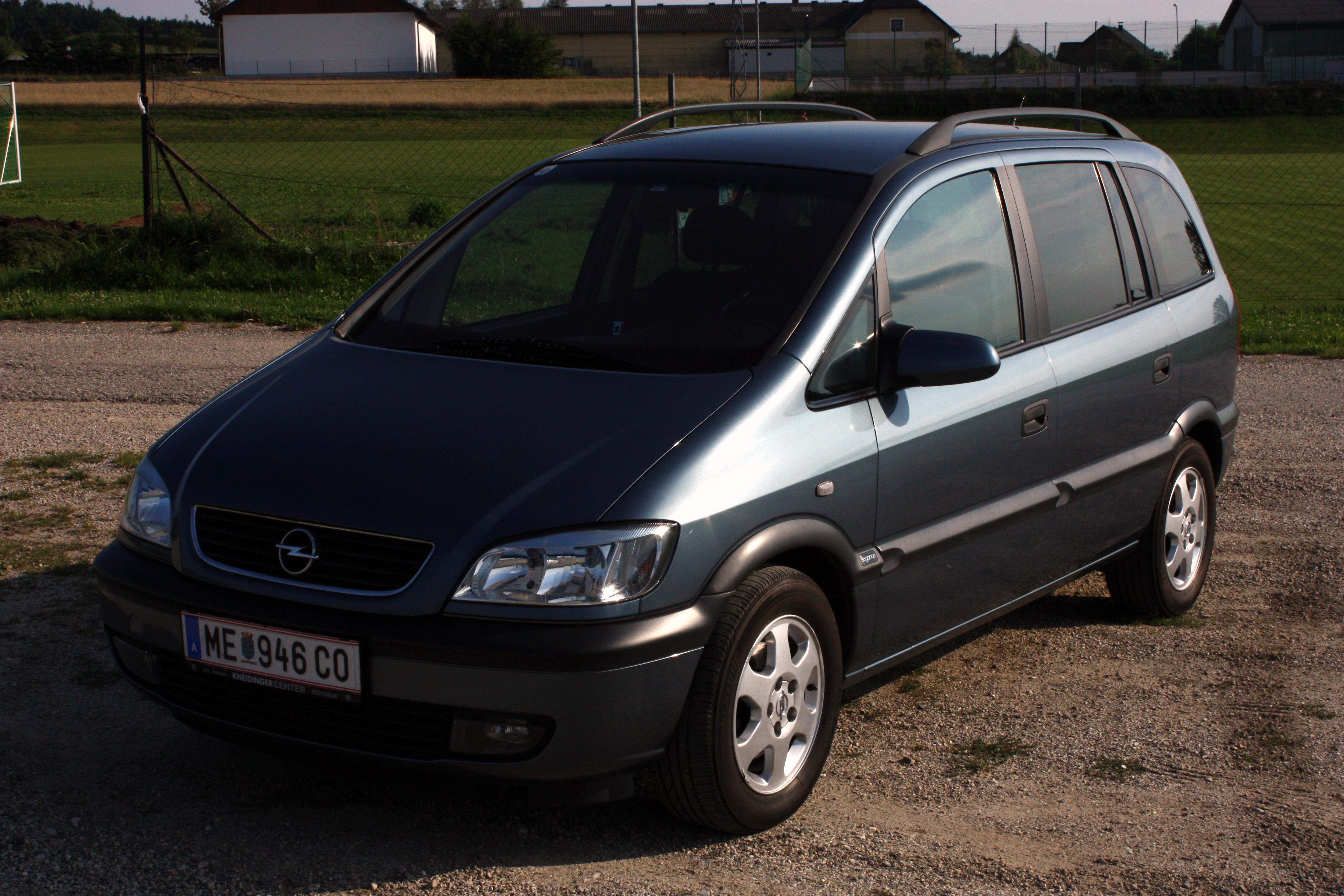 gmaxang 2001 vauxhall zafira specs photos modification info at cardomain. Black Bedroom Furniture Sets. Home Design Ideas