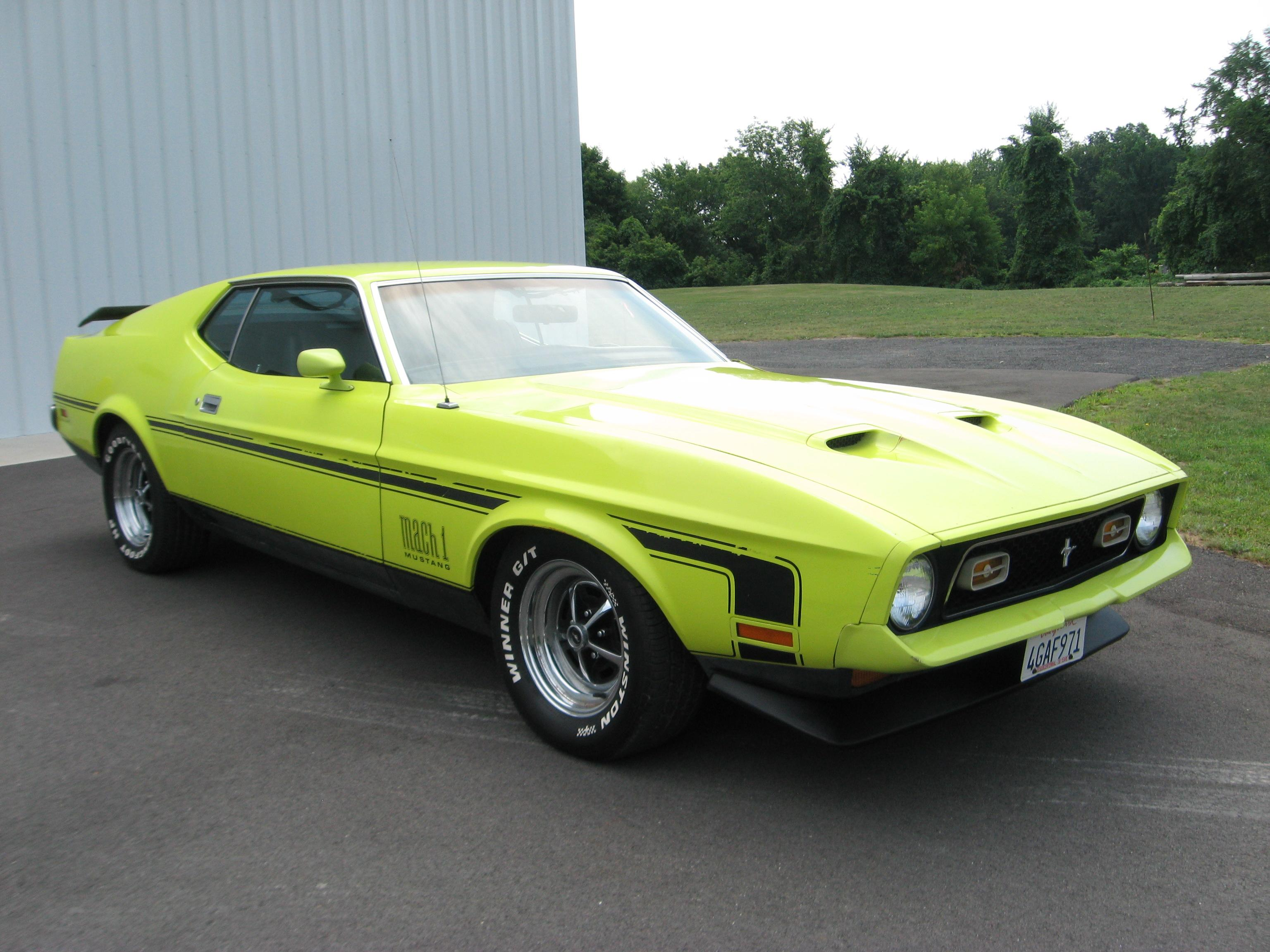 1972 Ford Mustang Grand Specs