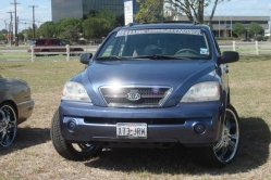 jaylovessondras 2004 Kia Sorento