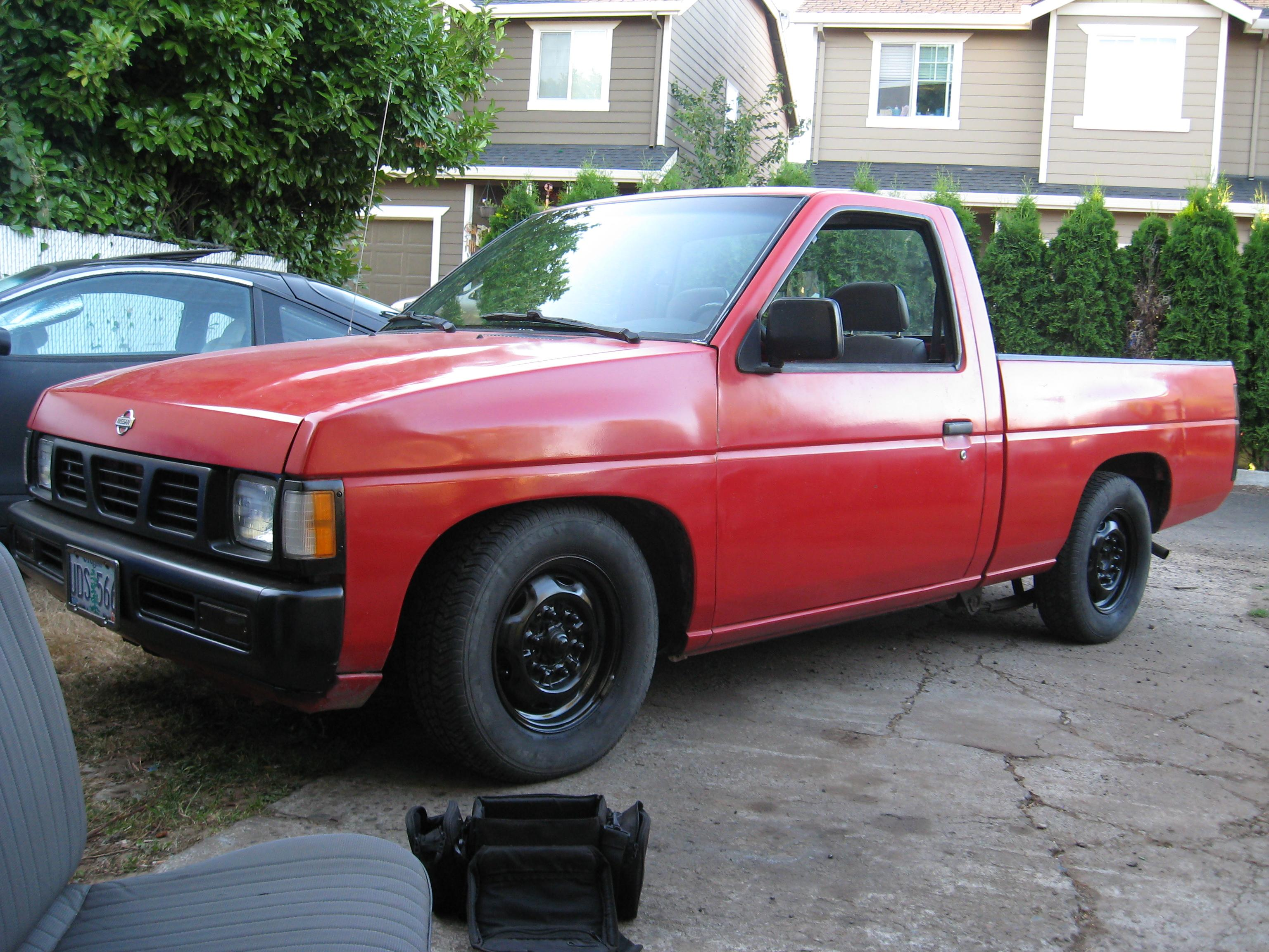1995 nissan pickup weight