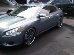 Joe2Lows 2010 Nissan Maxima