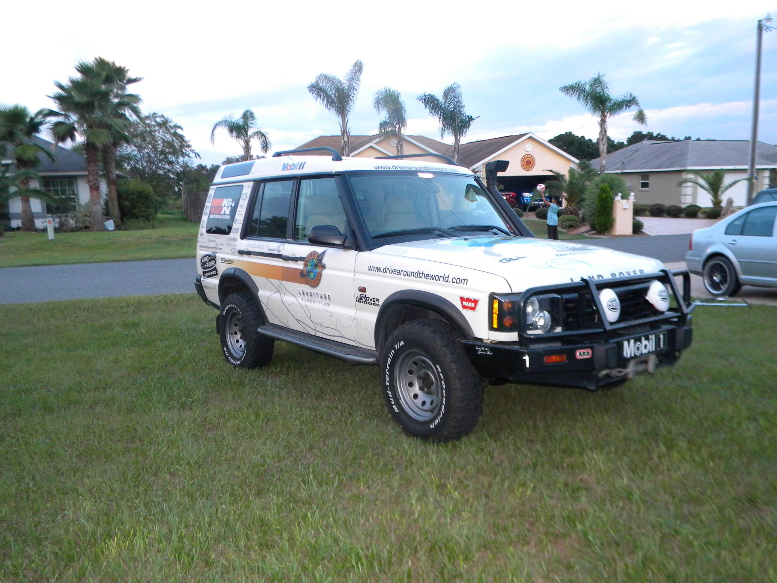 landroverd1 2003 land rover discovery series ii specs photos modification info at cardomain. Black Bedroom Furniture Sets. Home Design Ideas