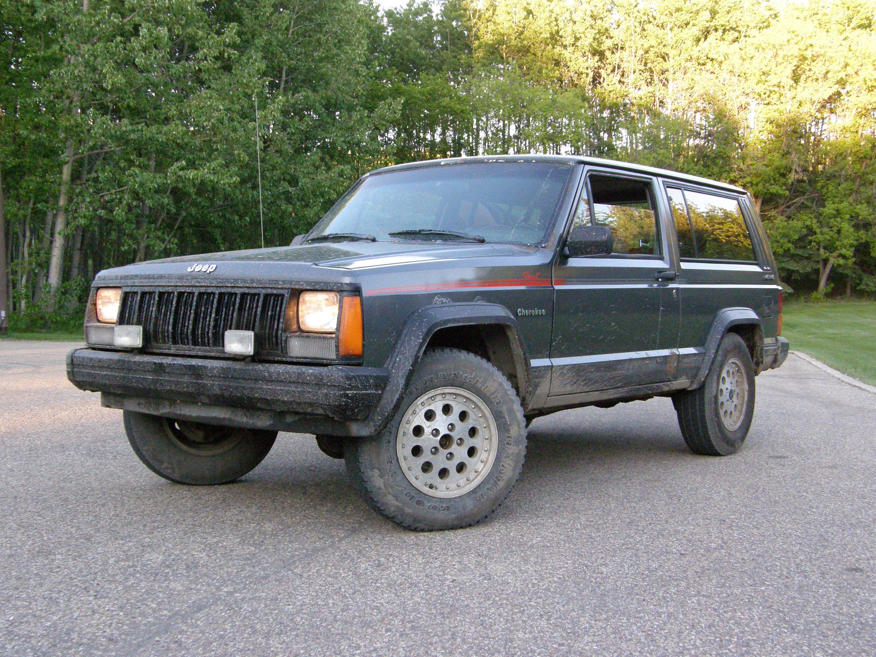 pushittillitdies 1990 jeep cherokeesport utility 2d specs photos modification info at cardomain. Black Bedroom Furniture Sets. Home Design Ideas