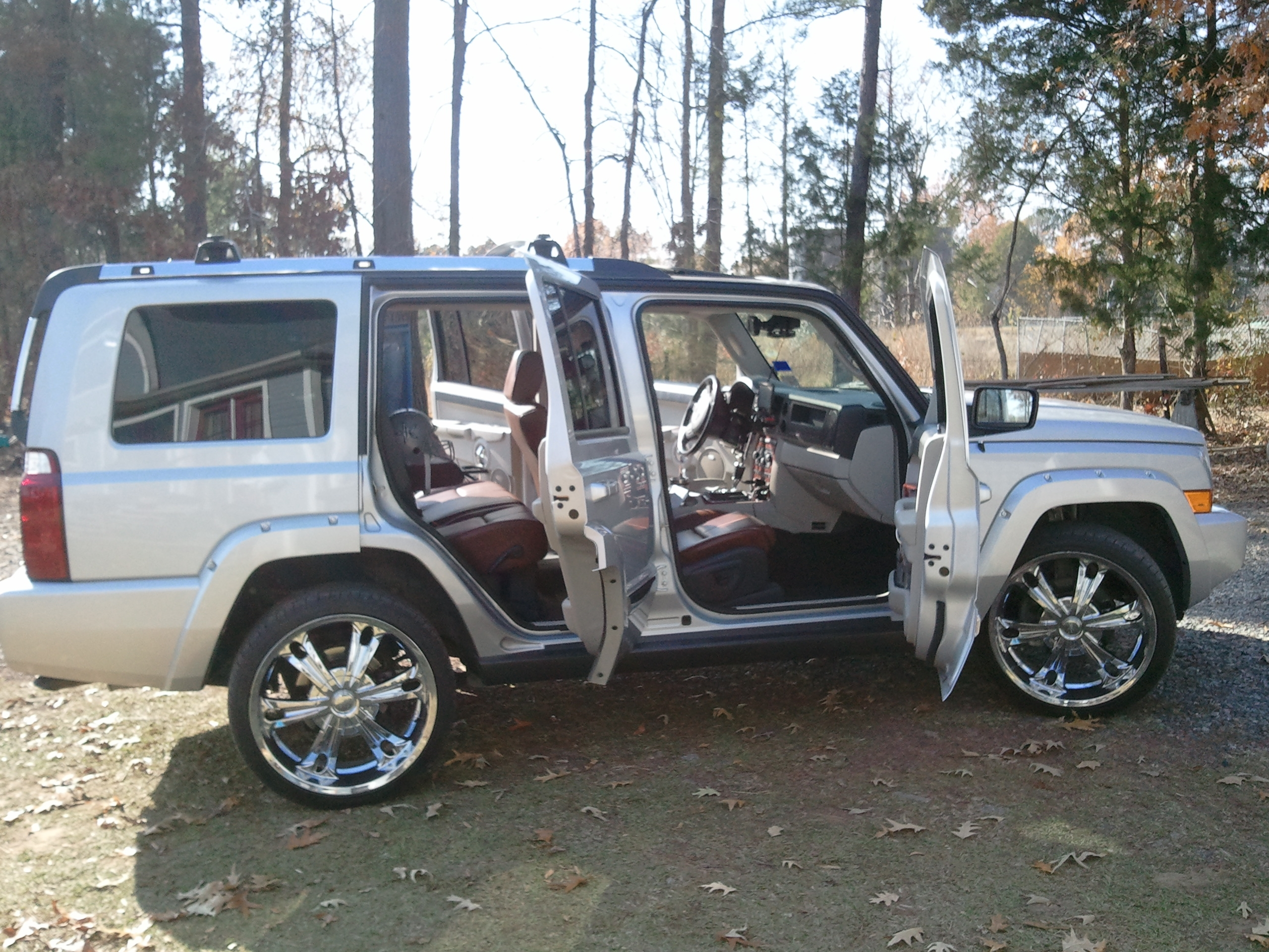 Jeep Commander 14713523
