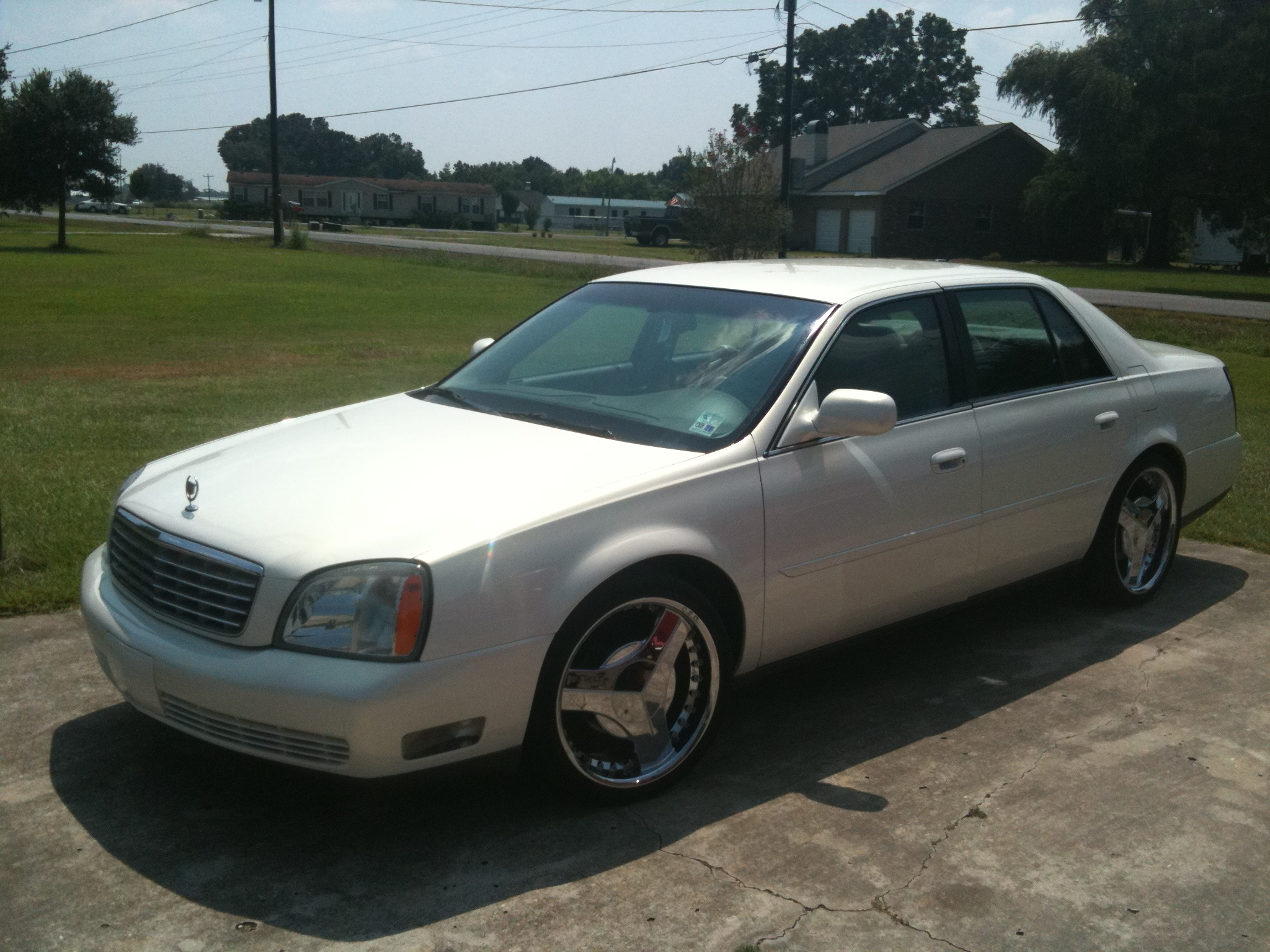 Another biglance45 2005 Cadillac DeVille post... - 14719672