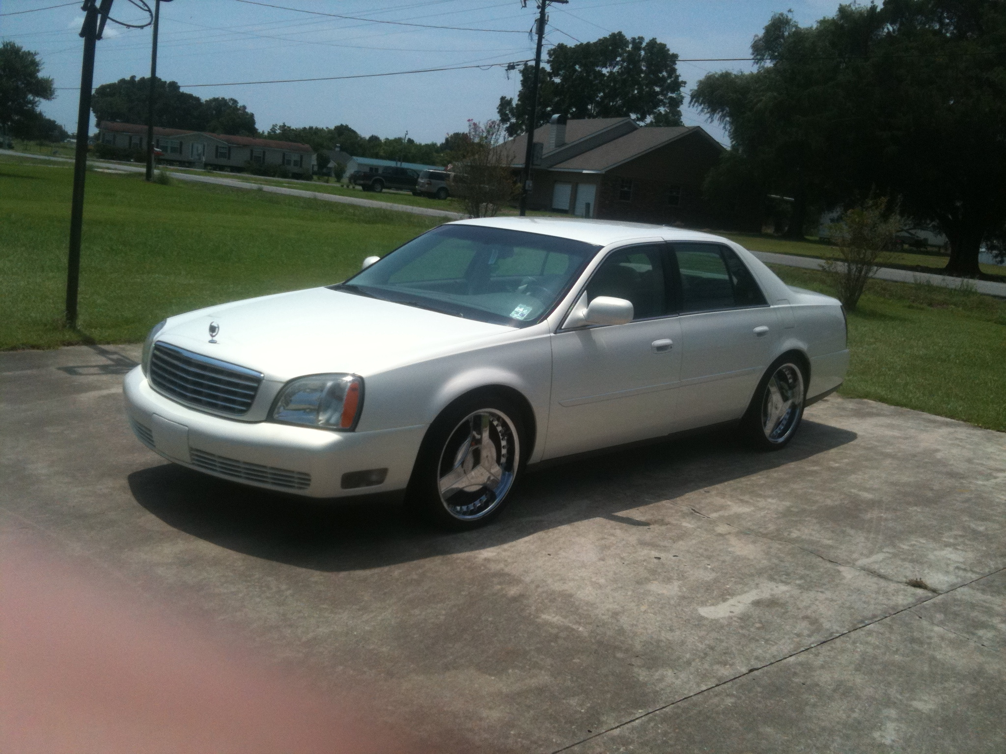 Another biglance45 2005 Cadillac DeVille post... - 14719677