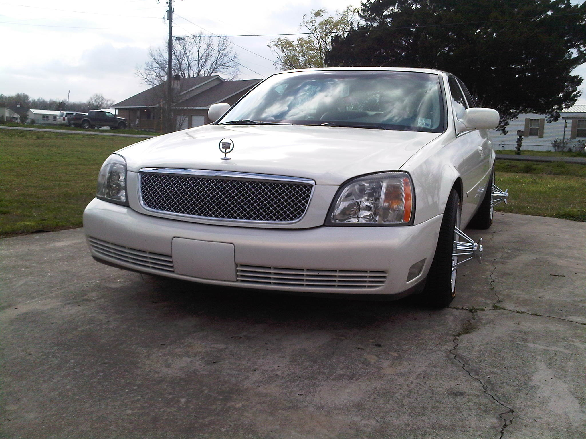 Another biglance45 2005 Cadillac DeVille post... - 14719695