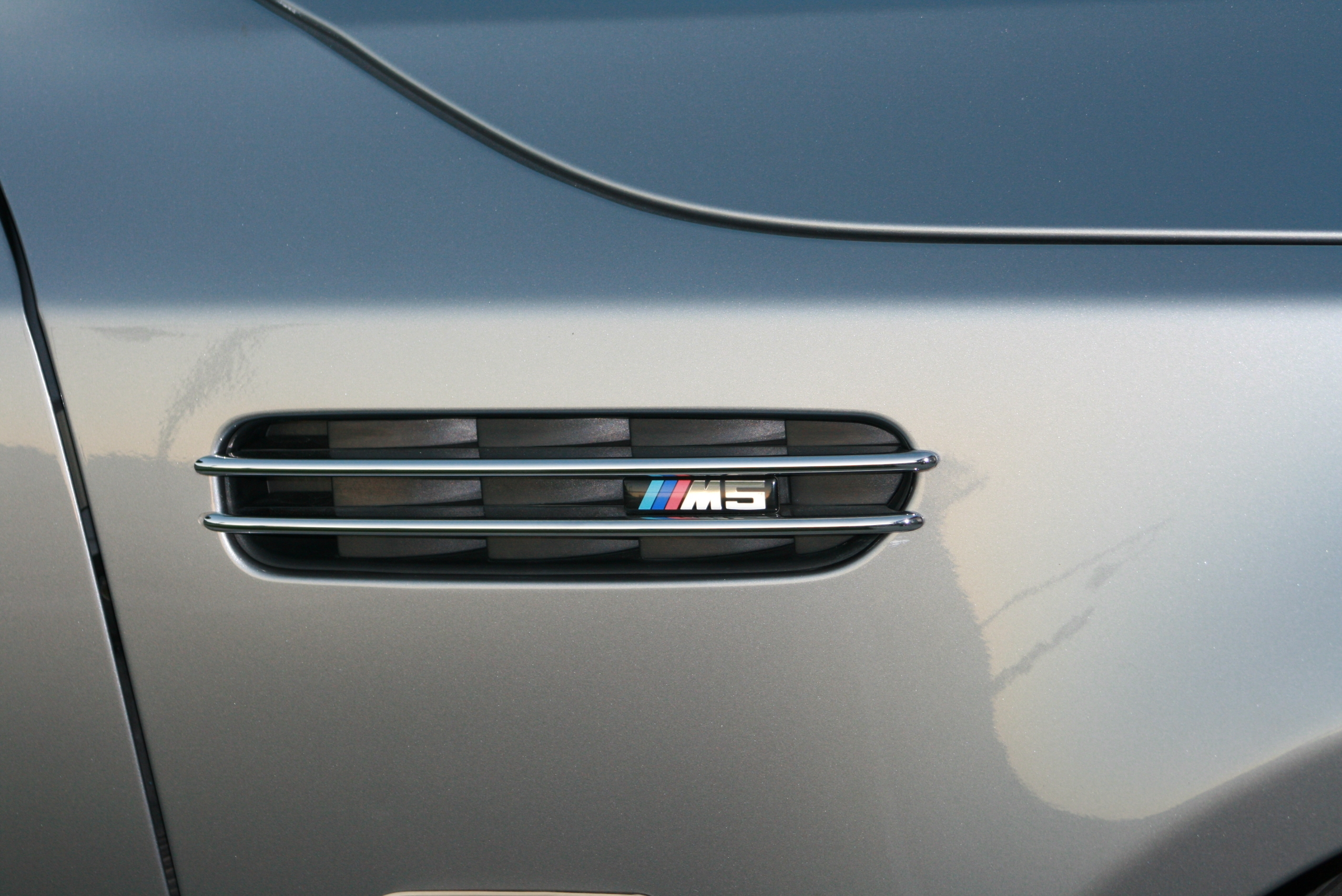 Another spedfeld 2006 BMW M5 post... - 14729576