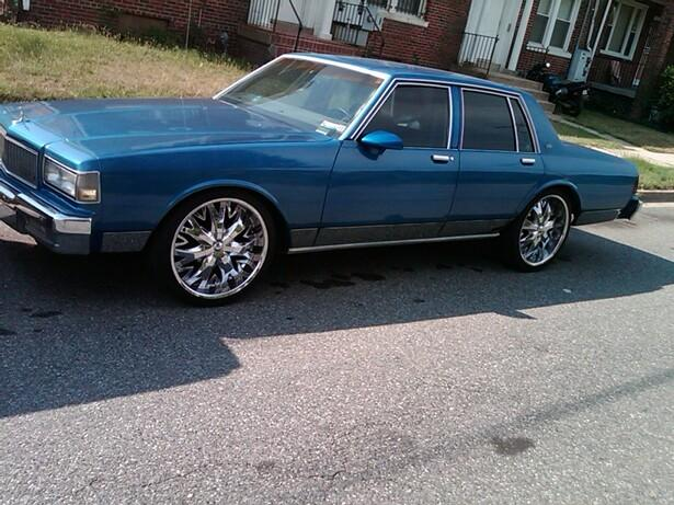 caprice1and2 39 s 1990 chevrolet caprice classic in washington dc. Black Bedroom Furniture Sets. Home Design Ideas
