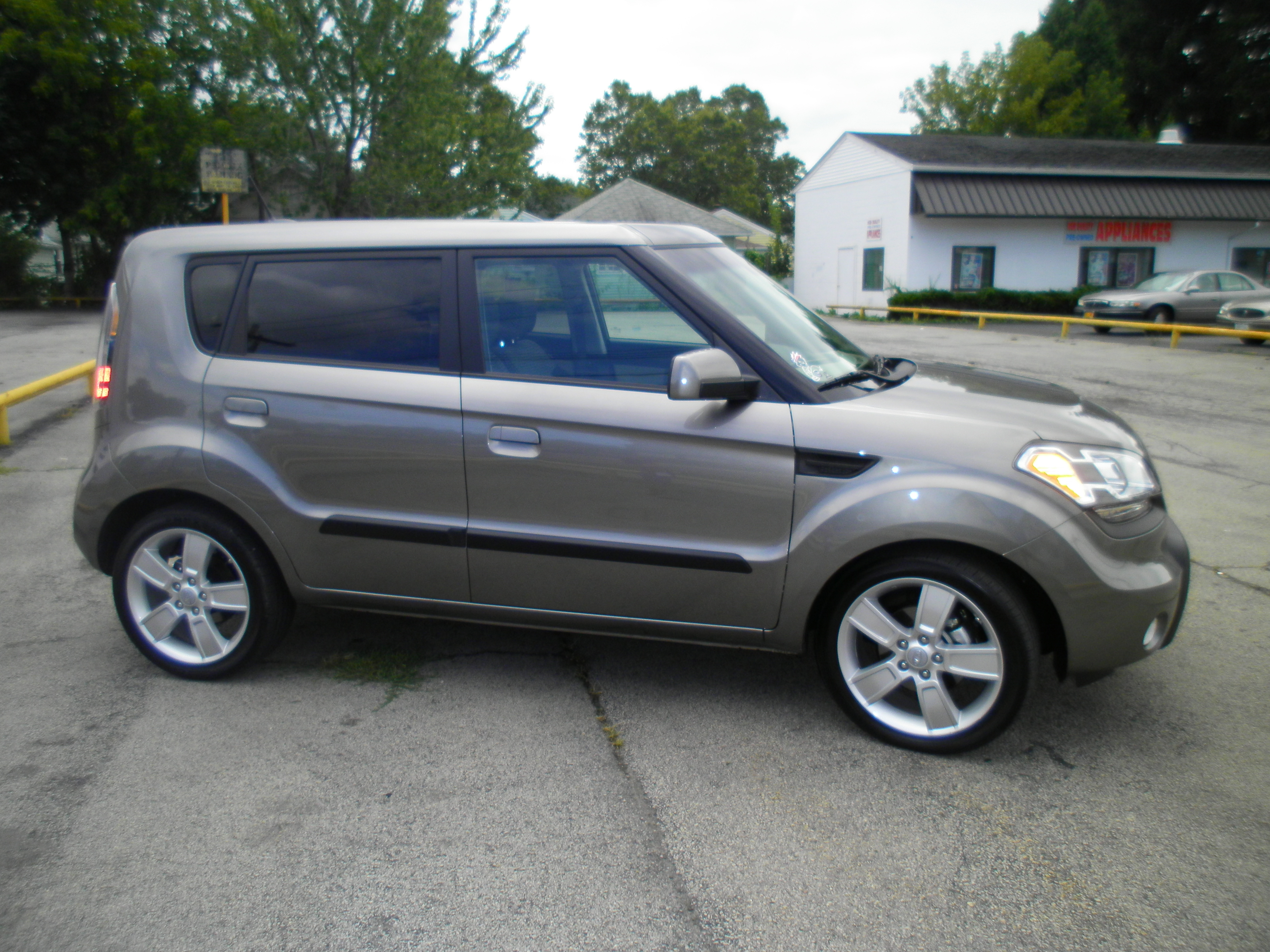 Another hector09 2010 Kia Soul post... - 14733525