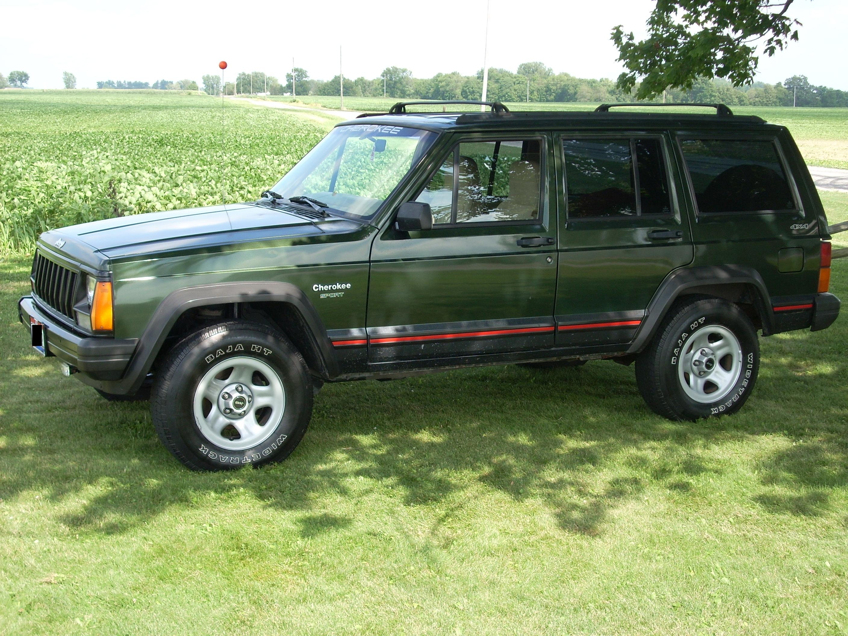 X96xjsportx 1996 Jeep Cherokeesport 4d S Photo Gallery At Cardomain
