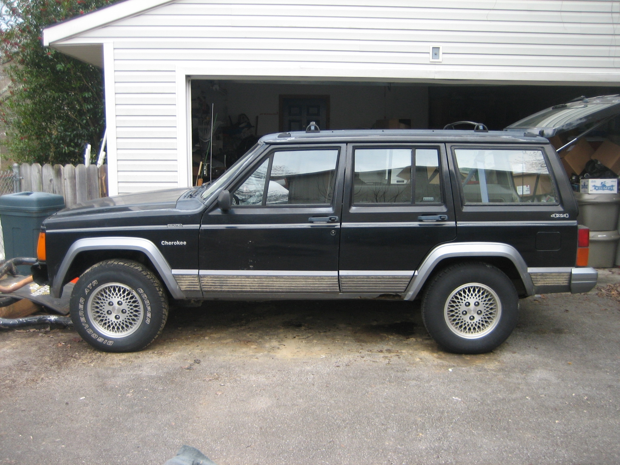 Another dacurly25 1994 Jeep Cherokee post... - 14736391