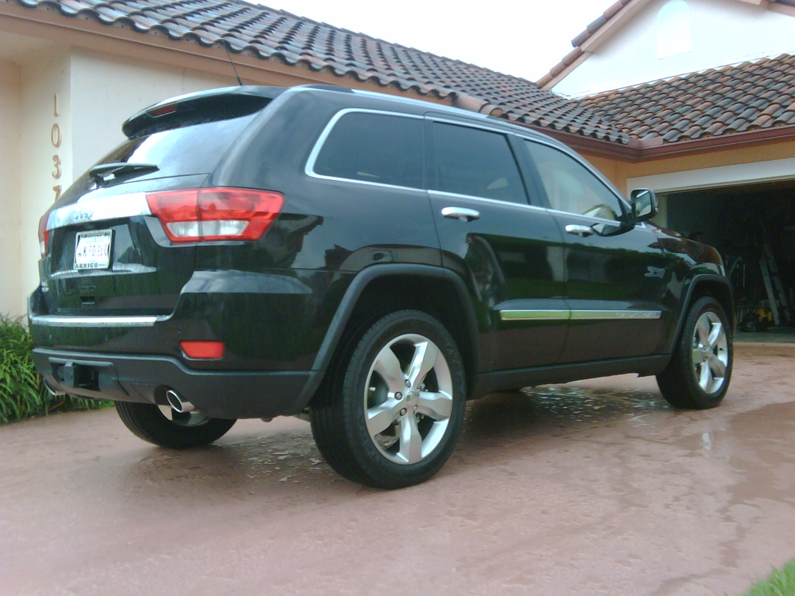 Another HITMONEY 2011 Jeep Grand Cherokee post... - 14739120