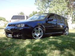 zukgod1 1999 Volkswagen Golf (New)
