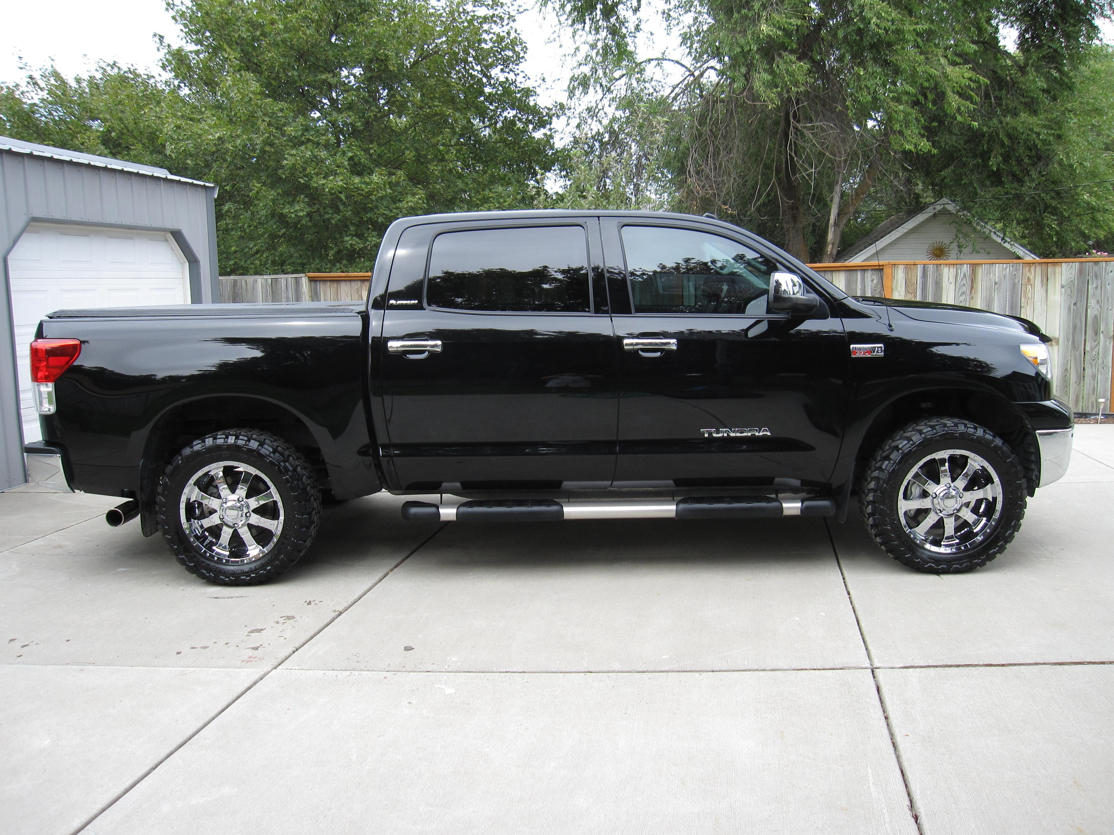toyota tundra crewmax view all toyota tundra crewmax at cardomain. Black Bedroom Furniture Sets. Home Design Ideas