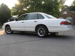 Th3l3g3nd1990s 1997 Ford Crown Victoria