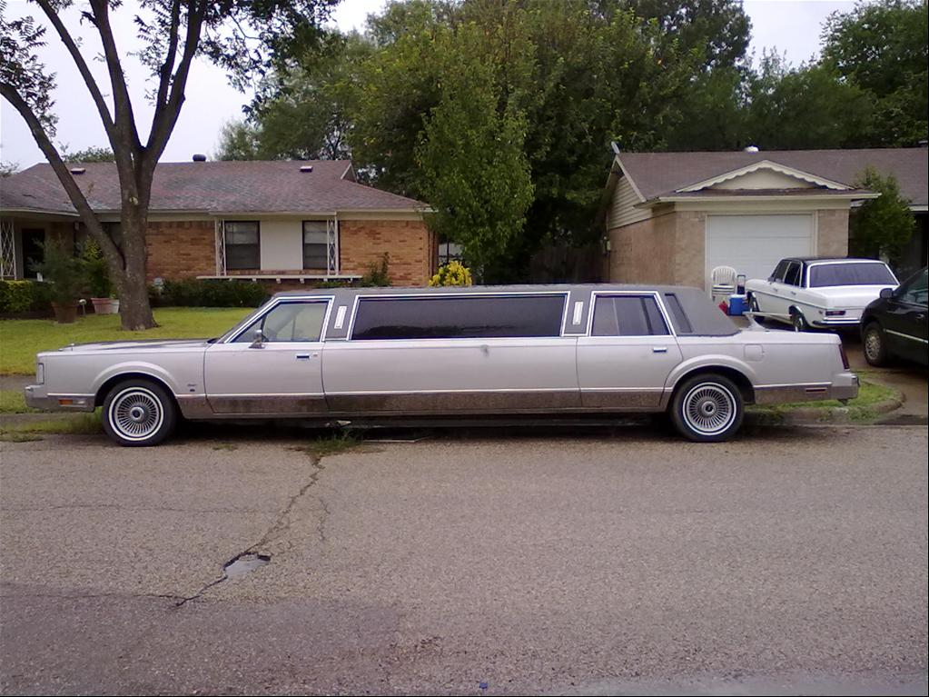 1988+lincoln+town+car+limo