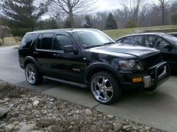 saleen24m24s 2007 Ford Explorer
