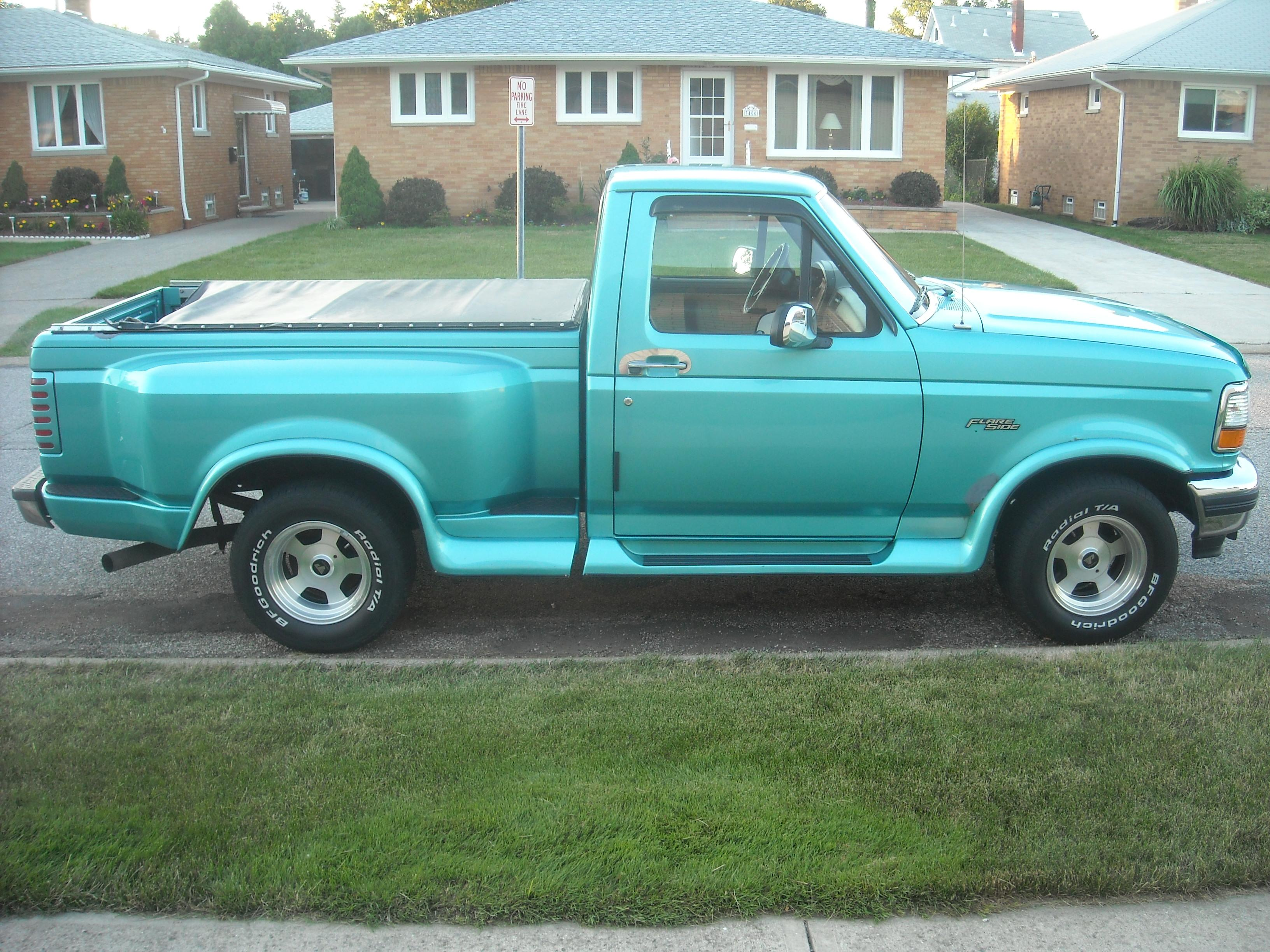 24 7automotivess 1994 Ford F150 Regular Cabshort Bed Specs Photos Modification Info At Cardomain