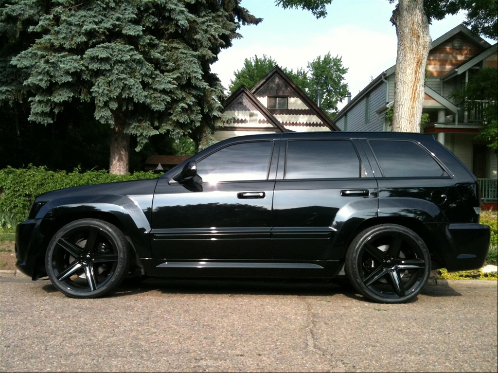 Silver srt8 jeep black wheels