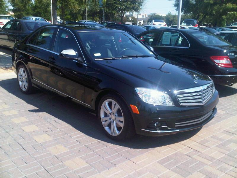 Another The AmmO ChicK 2009 Mercedes-Benz C-Class post... - 14758563