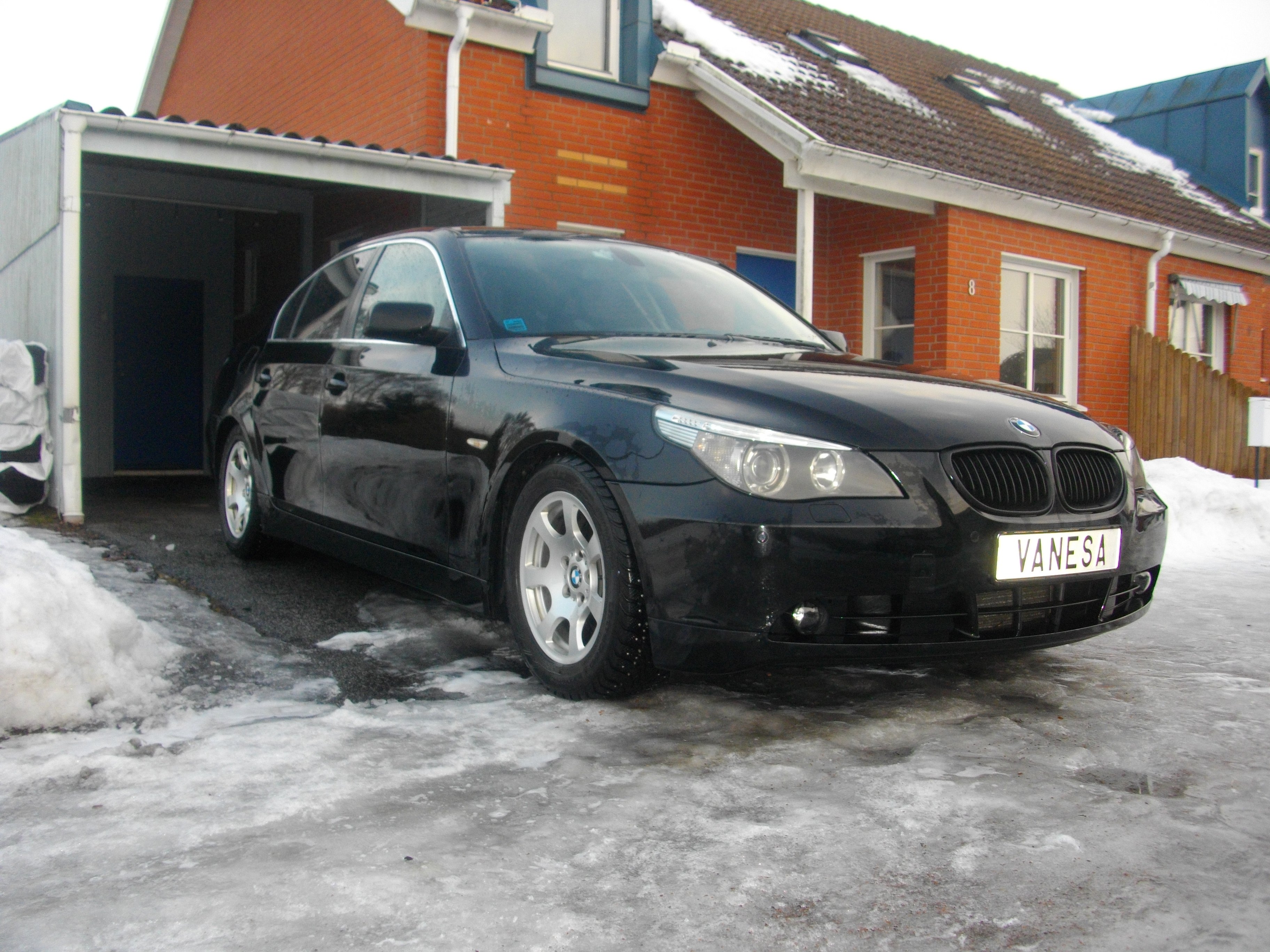 AdrianSweden 2004 BMW 5 Series 14764197