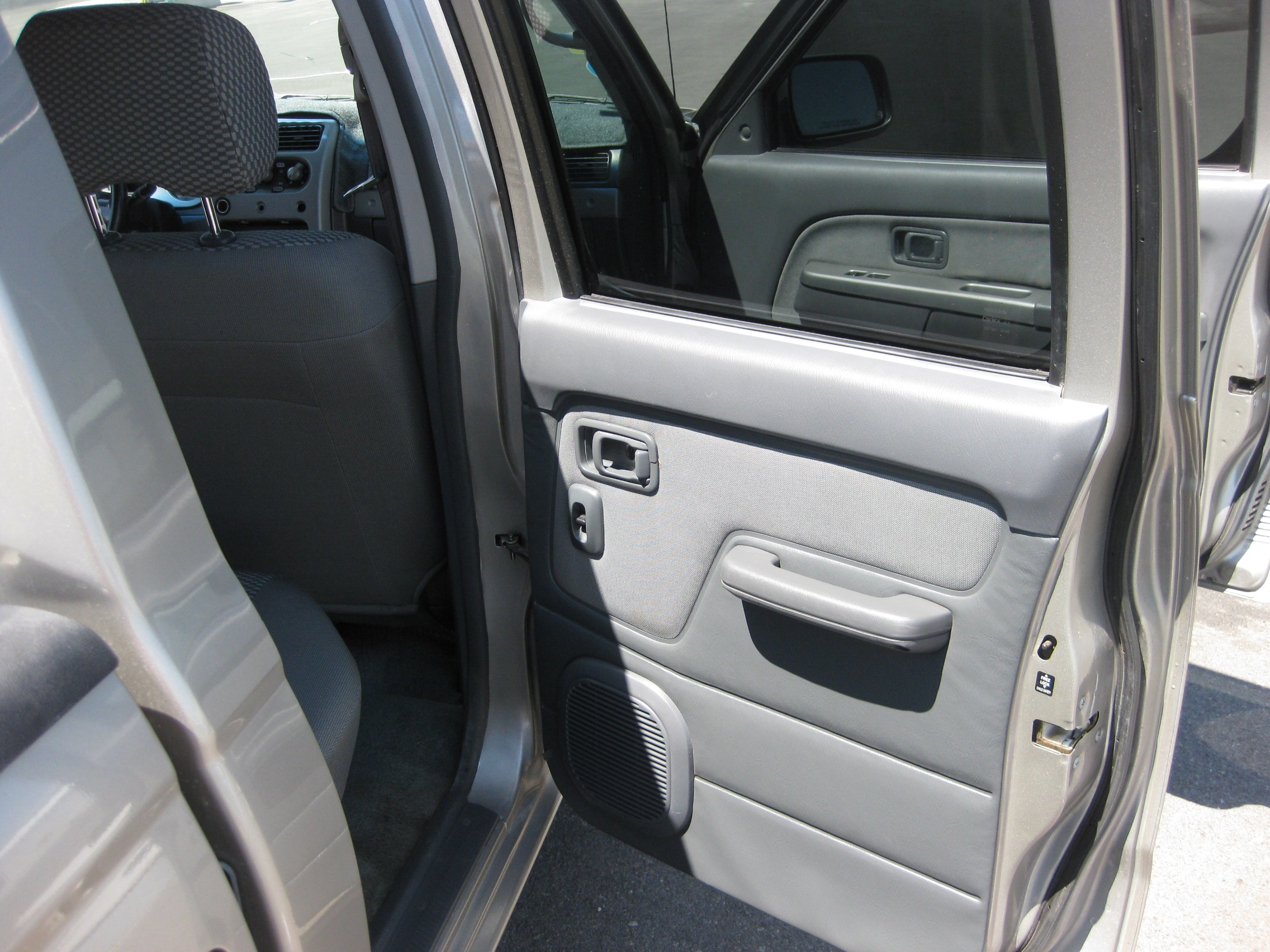 twsheargolf12 2002 nissan frontier crew cabse short bed specs photos modification info at. Black Bedroom Furniture Sets. Home Design Ideas