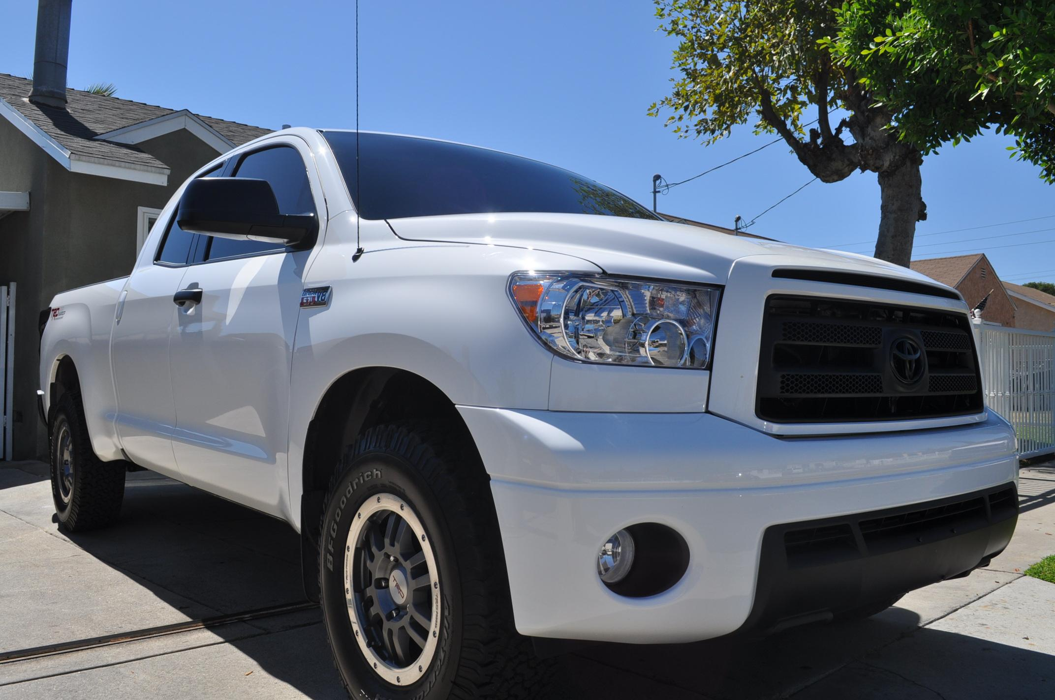tundra24rw 2010 toyota tundra double cabpickup 4d 6 1 2 ft. Black Bedroom Furniture Sets. Home Design Ideas