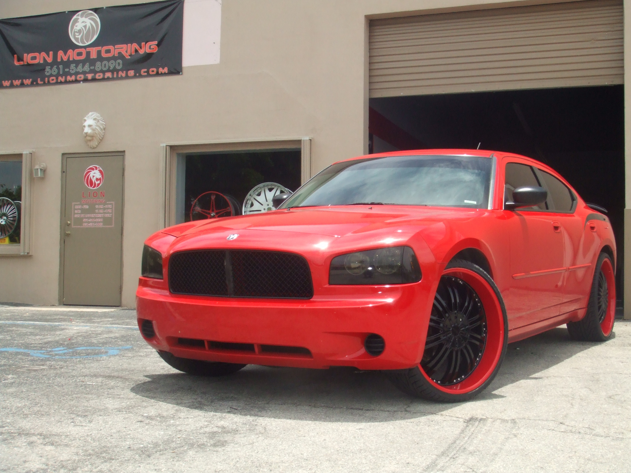 LION_MOTORING 2010 Dodge Charger 14776701