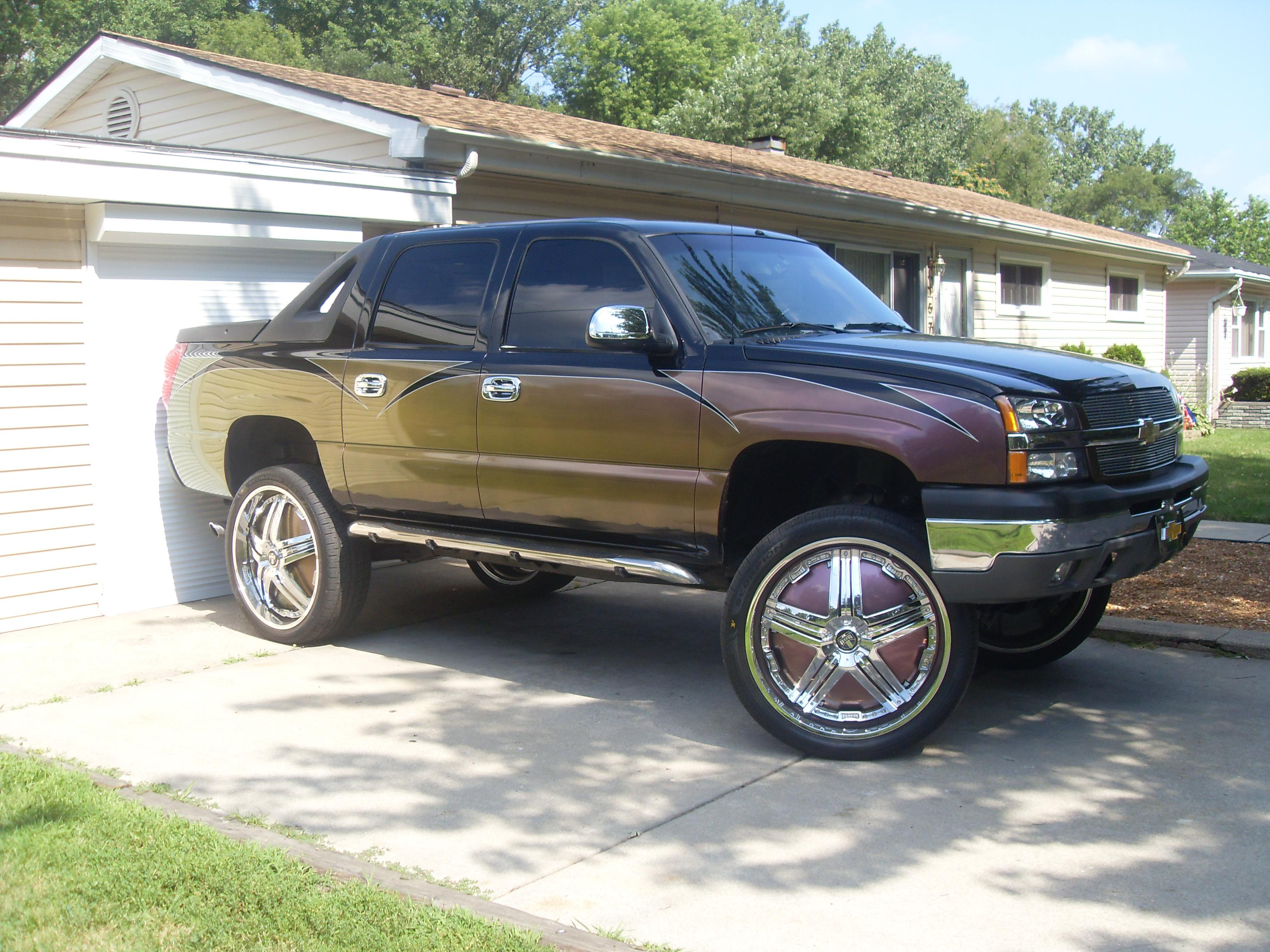 KINGOFTHAG 2004 Chevrolet Avalanche Specs Photos Modification