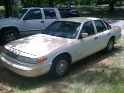 slimthug2s 1997 Ford Crown Victoria