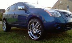 Nissan Rogue On Huge 24 Inch Rims Nissan Forum