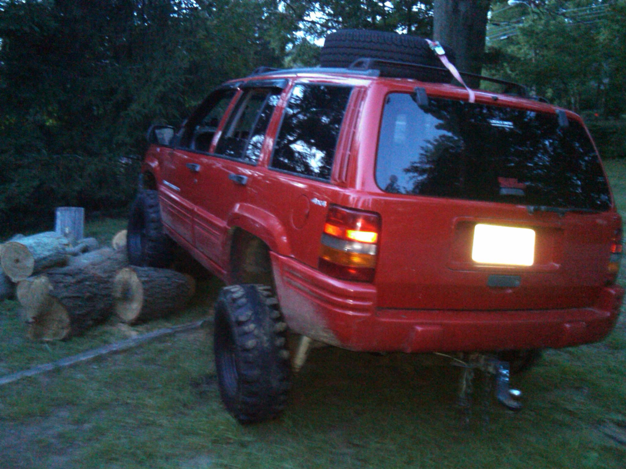 the92beamer's 1998 Jeep Grand Cherokee