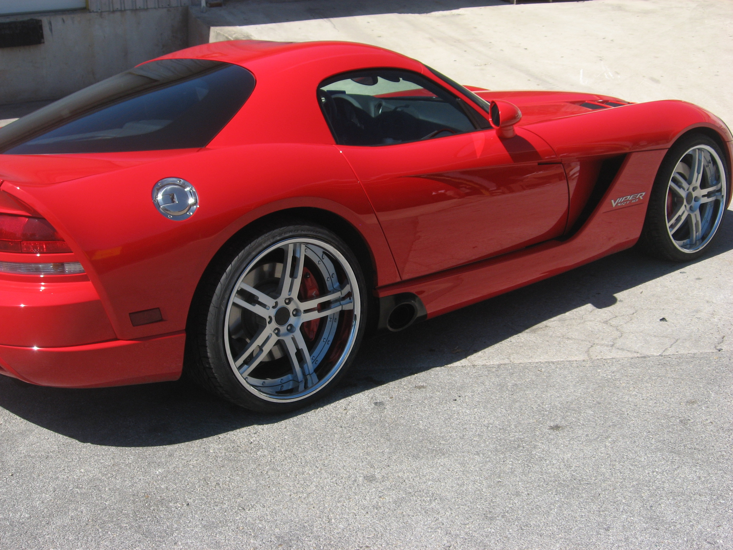 Another calivago20 2008 Dodge Viper post... - 14792904