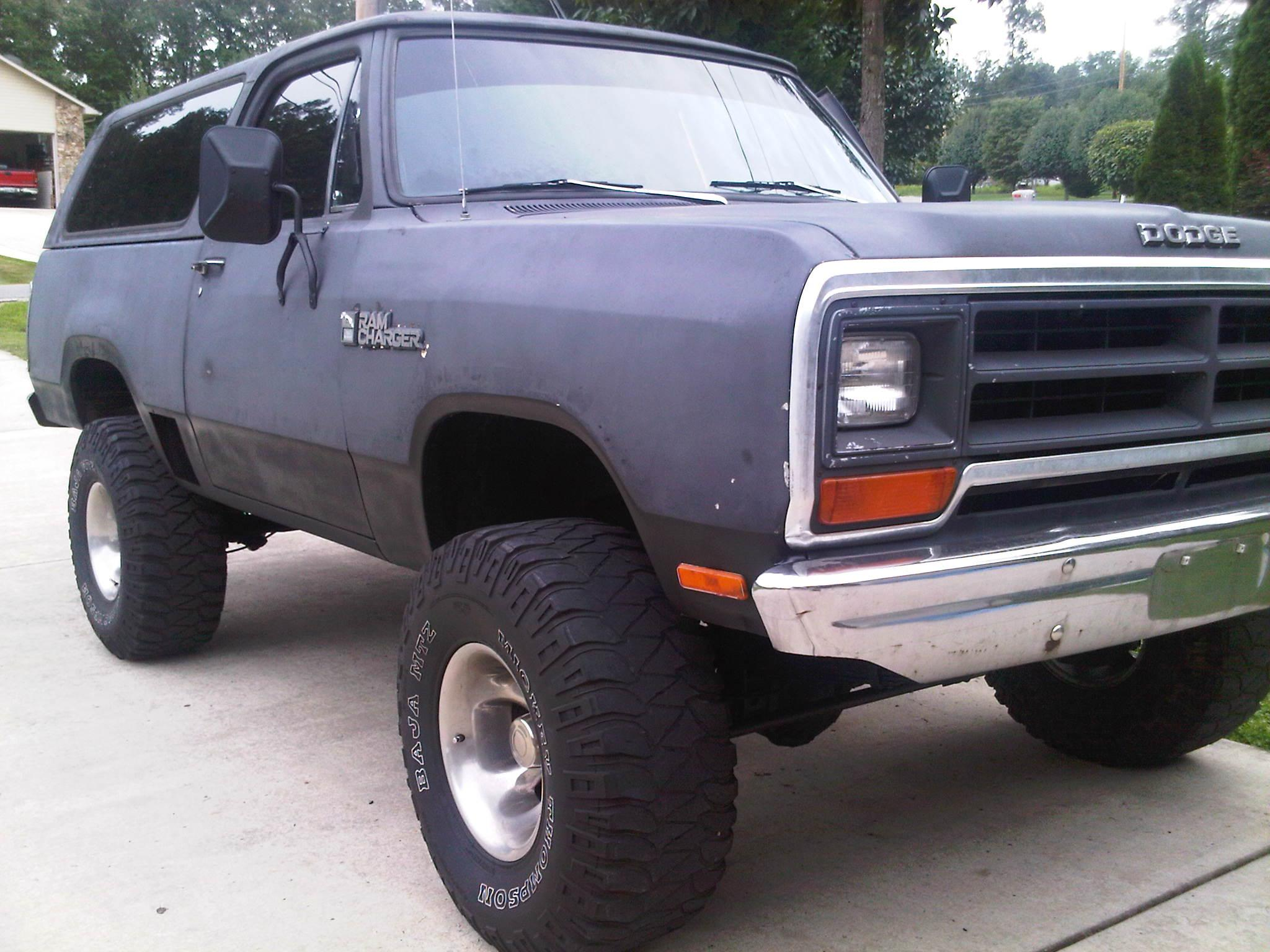 Moparmuscle_440 1978 dodge ramcharger