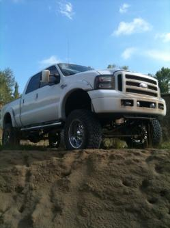 Crispy_chris 2004 Ford F350 Super Duty Crew Cab