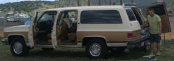 cyruspostings 1990 GMC Suburban 2500