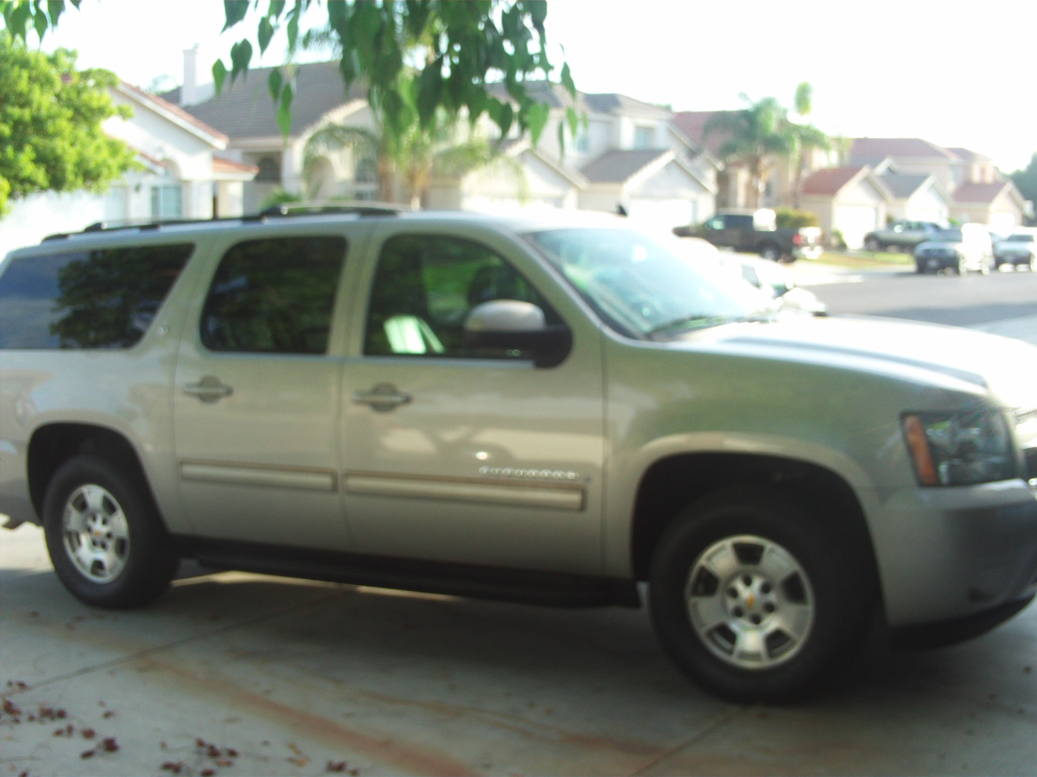 Another victor-heredia 2009 Chevrolet Suburban 1500 post... - 14803874
