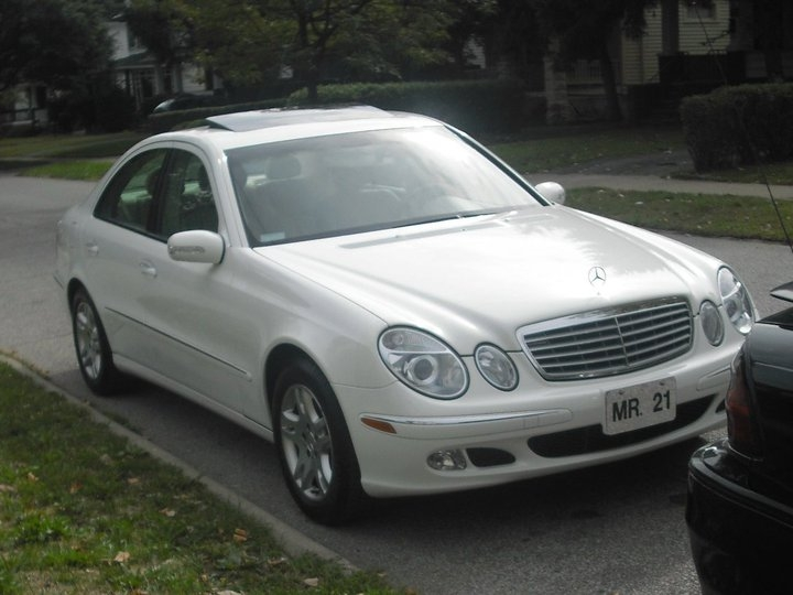 Mrpww21 39 s 2003 mercedes benz e class e320 sedan 4d in for Mercedes benz cleveland ohio