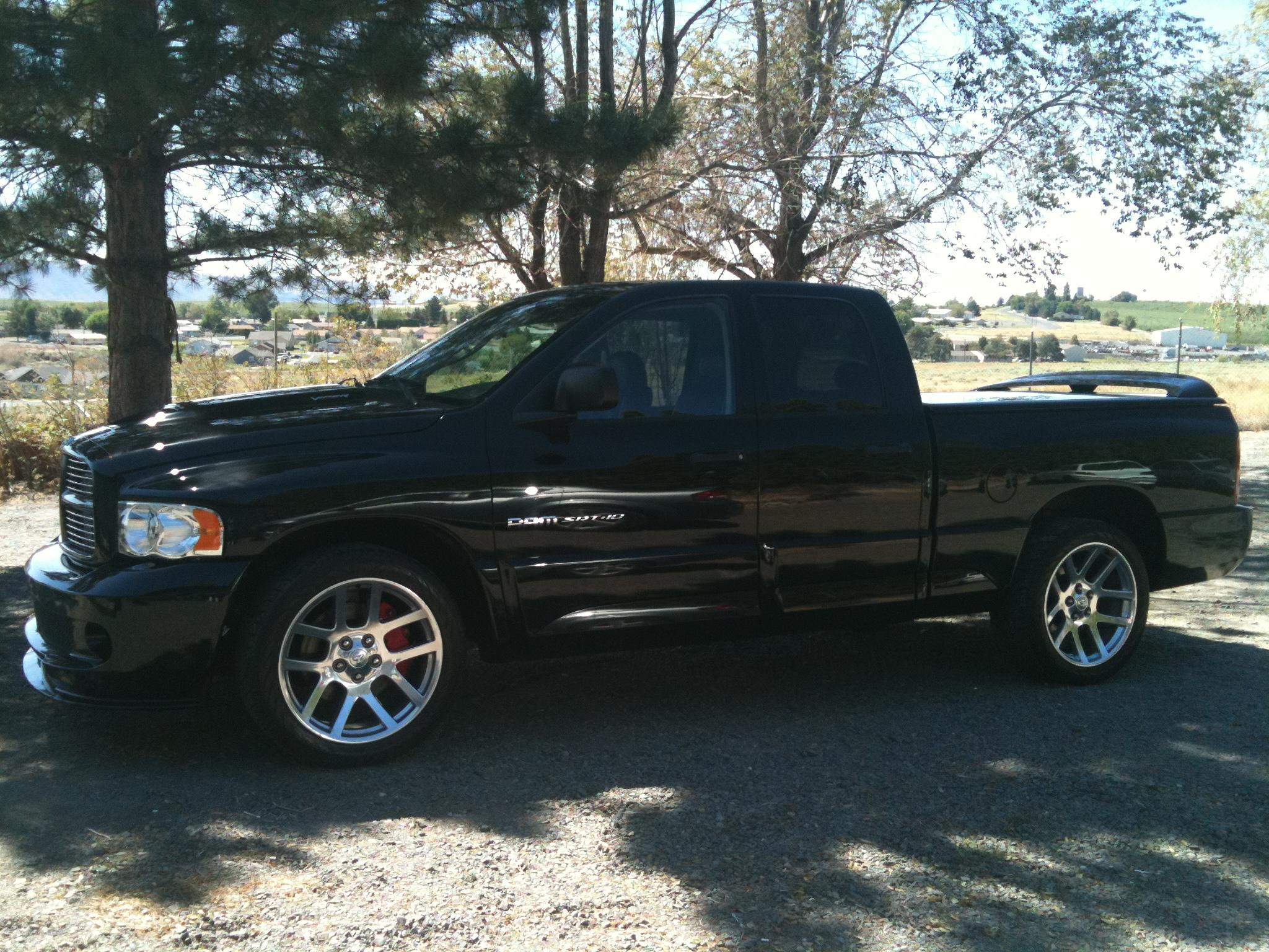 Dcjrsrt10 2005 Dodge Ram Srt 10 Specs Photos Modification Info At