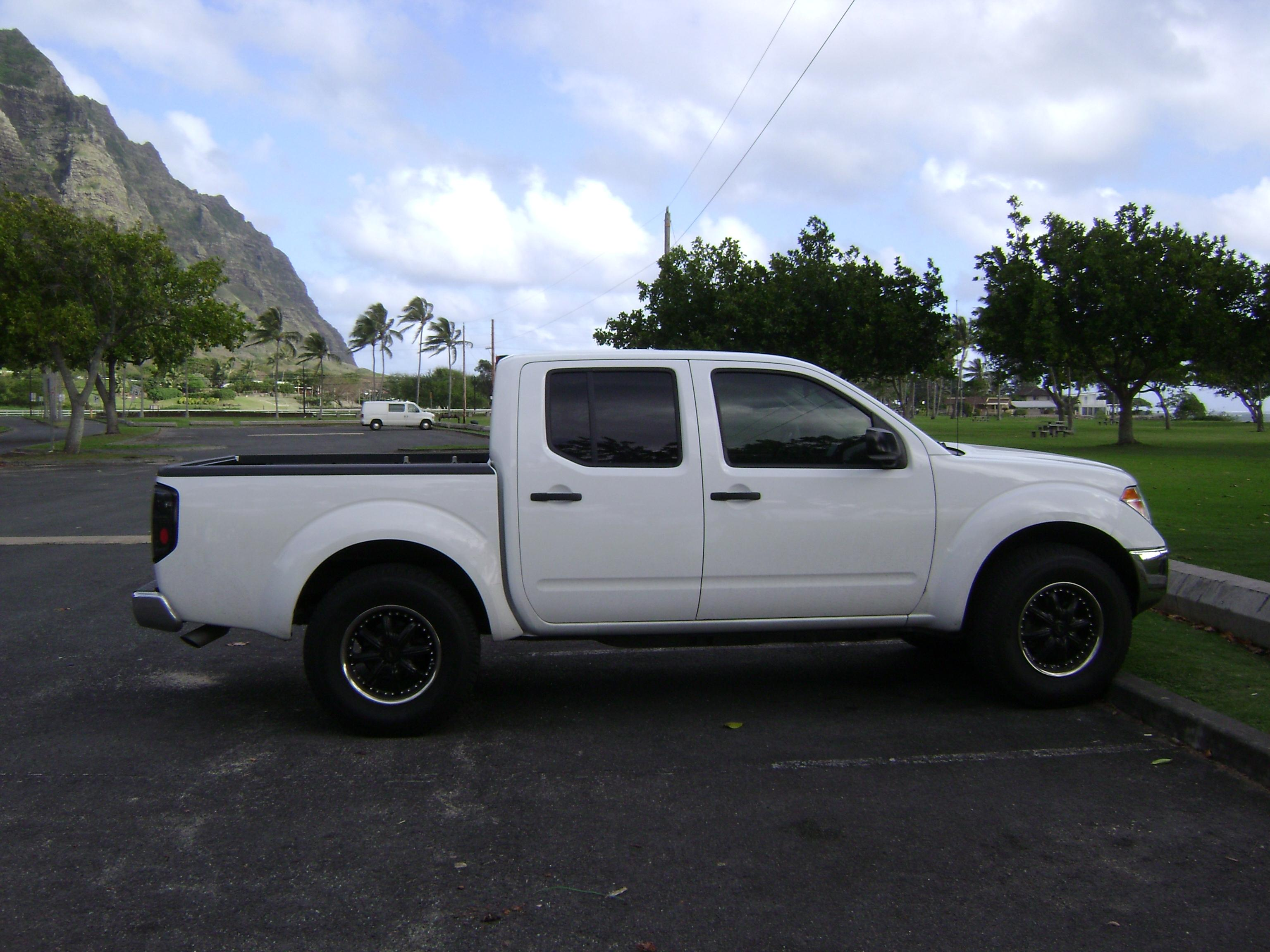 Lovely ... Blyons808 2008 Nissan Frontier Crew Cab 38880674001_original