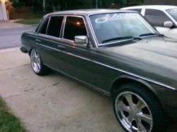 Fearseek 1982 Mercedes-Benz 200D