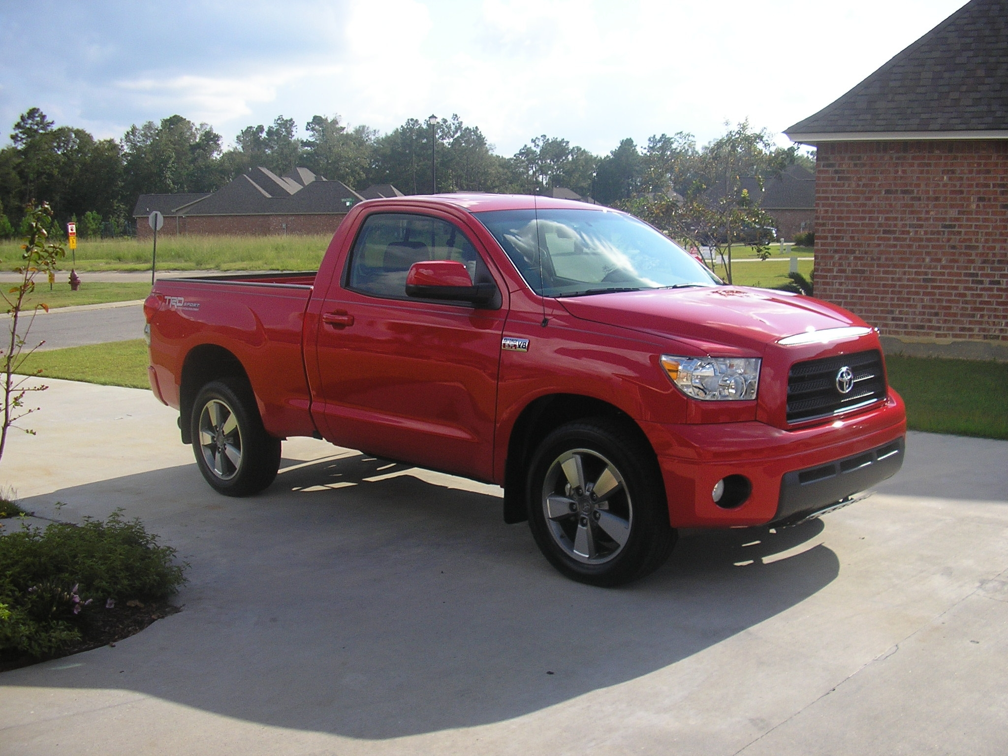 toddsredtundra 2009 toyota tundra regular cabpickup 2d 6 1 2 ft specs photos modification info. Black Bedroom Furniture Sets. Home Design Ideas