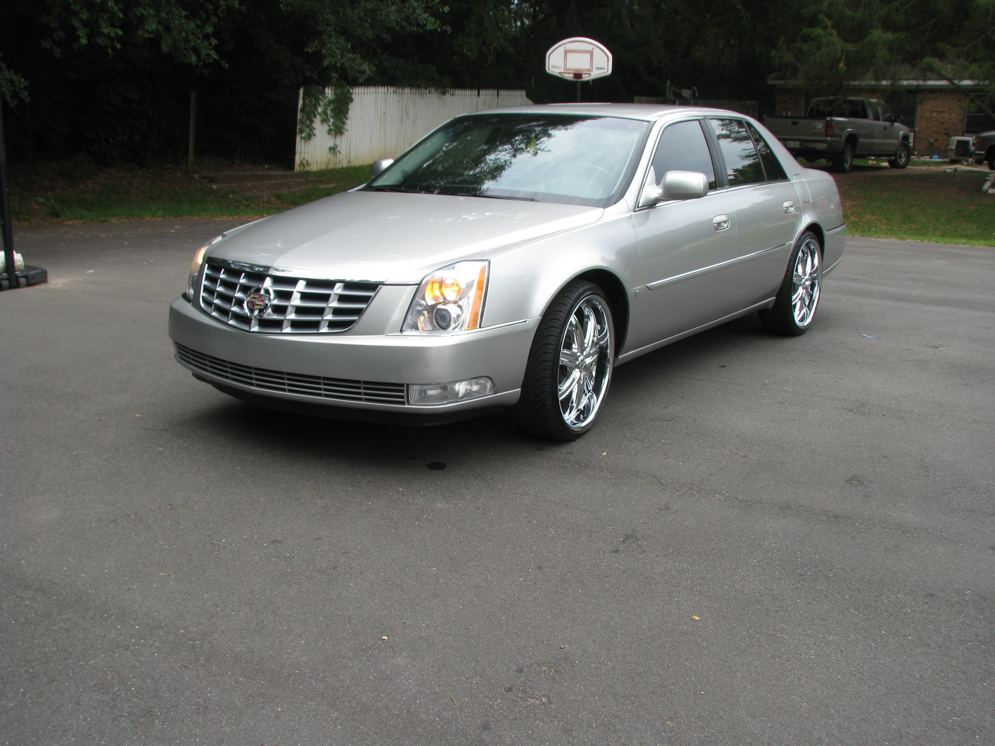 Another MRTWENTY12 2007 Cadillac DTS post... - 14813932